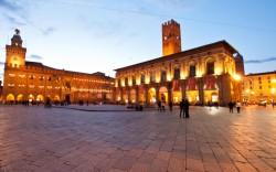 hotel_bologna_piazza_maggiore-1024x640